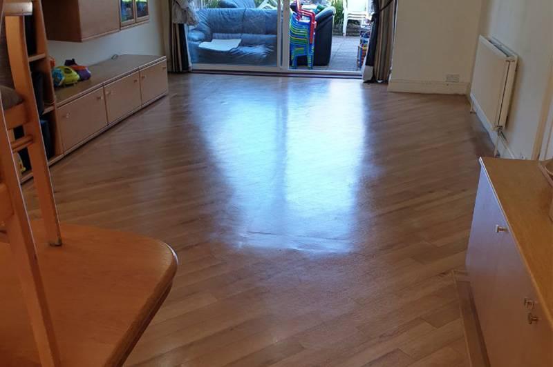 Wood Floor Polishing – VIP Carpet Cleaning